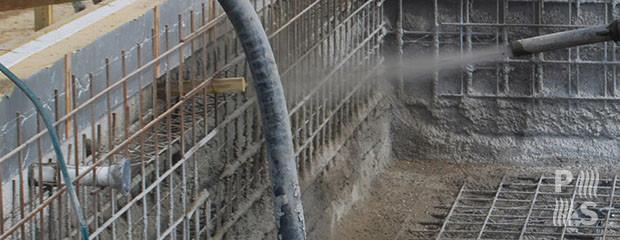 Construcci n de piscinas de material hormig n en zona for Piscinas de hormigon armado