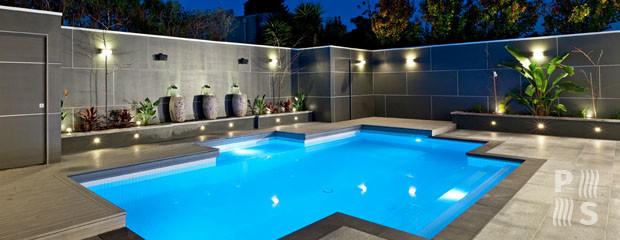 Iluminaci n para piscinas en zona sur piscinas sur for Fotos de disenos de piletas de natacion